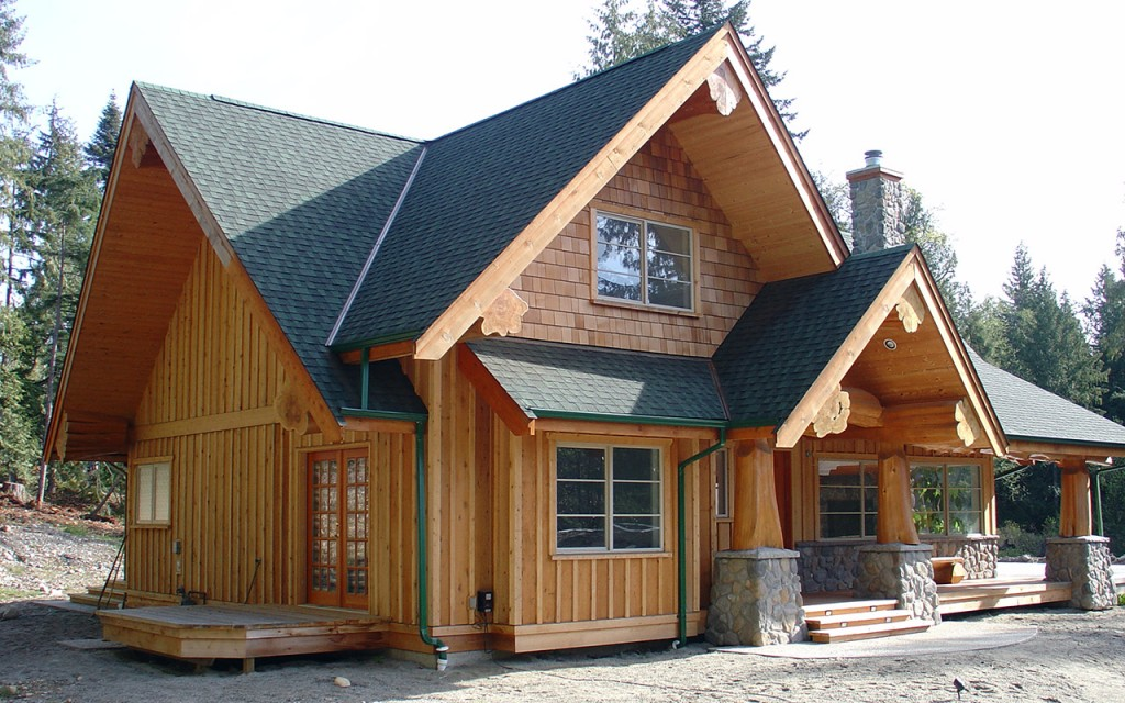 Gibsons hybrid west coast log homes for Small post and beam house plans