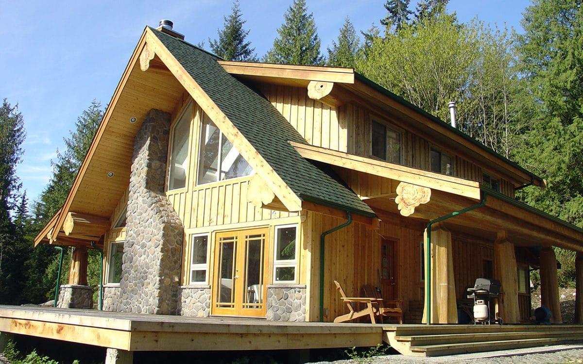Gibsons Hybrid West Coast Log Homes