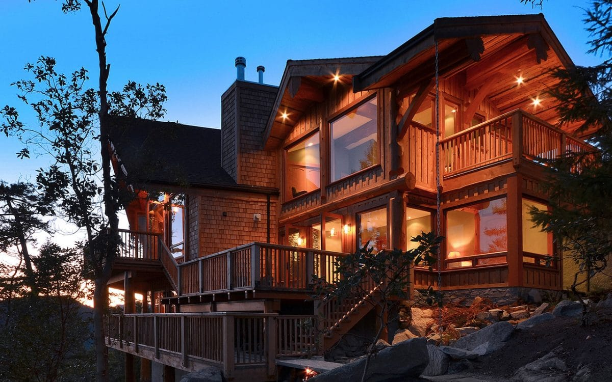 Mixal heights post and beam west coast log homes for Post beam house