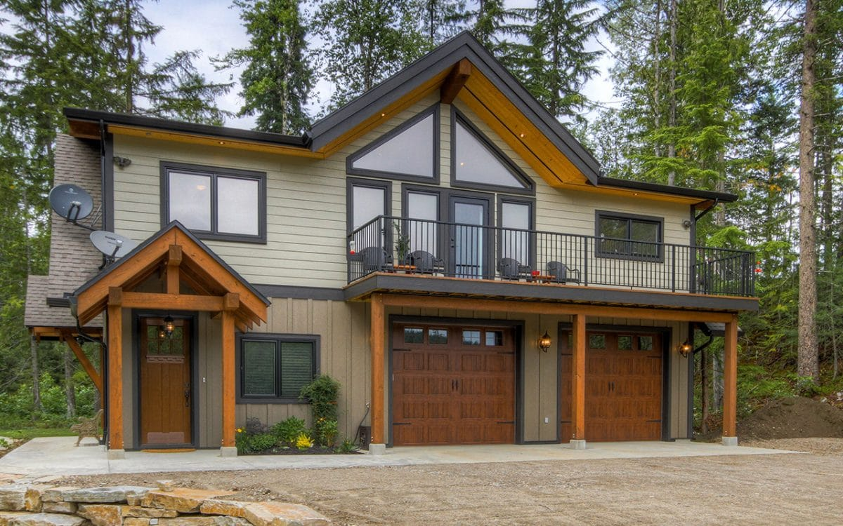 Revelstoke timber hybrid west coast log homes for Timber frame hybrid house plans